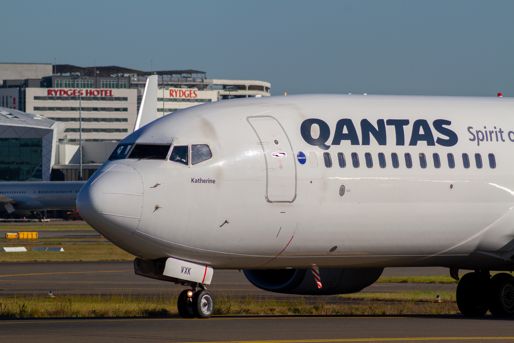 Qantas Boeing 737-800 VH-VXK at Kingsford Smith