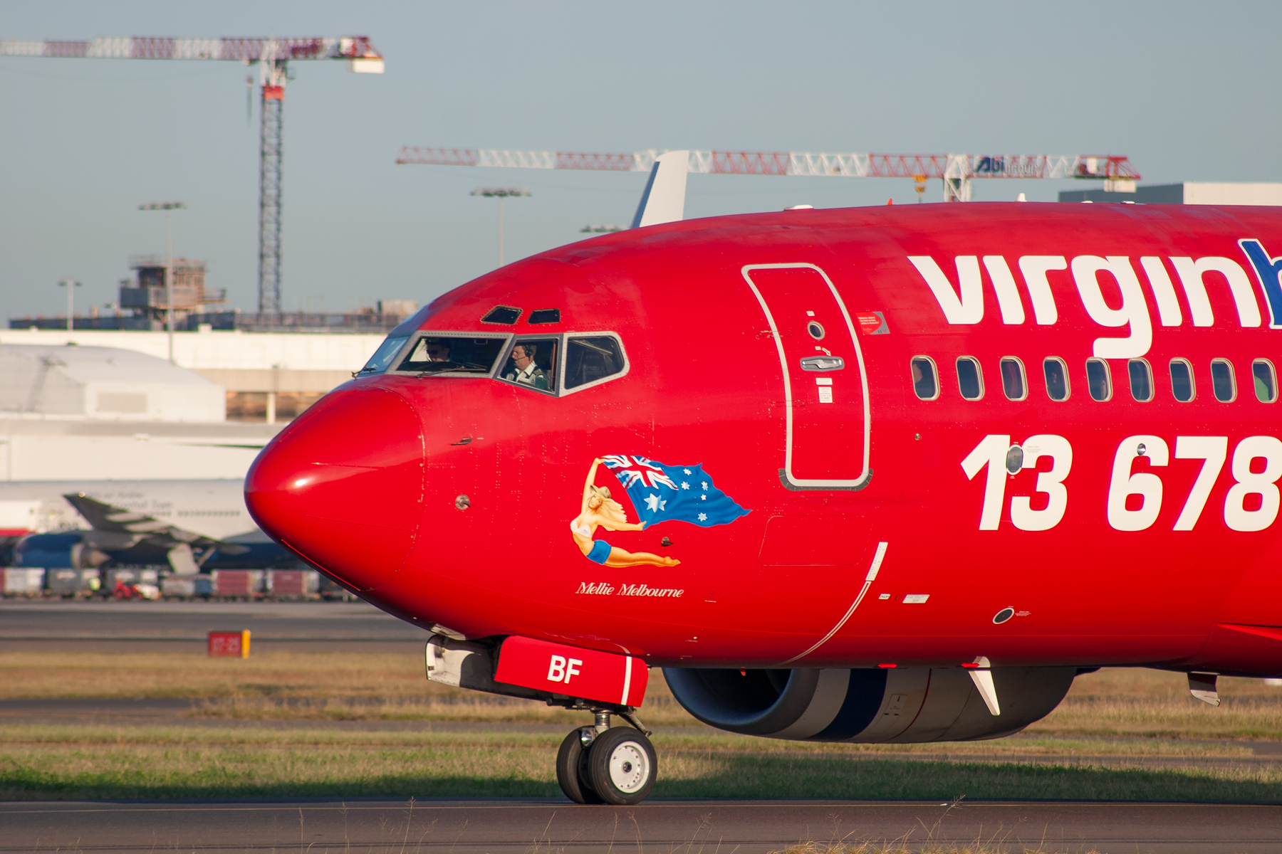 Virgin Blue Airlines Boeing 737-700 VH-VBF at Kingsford Smith