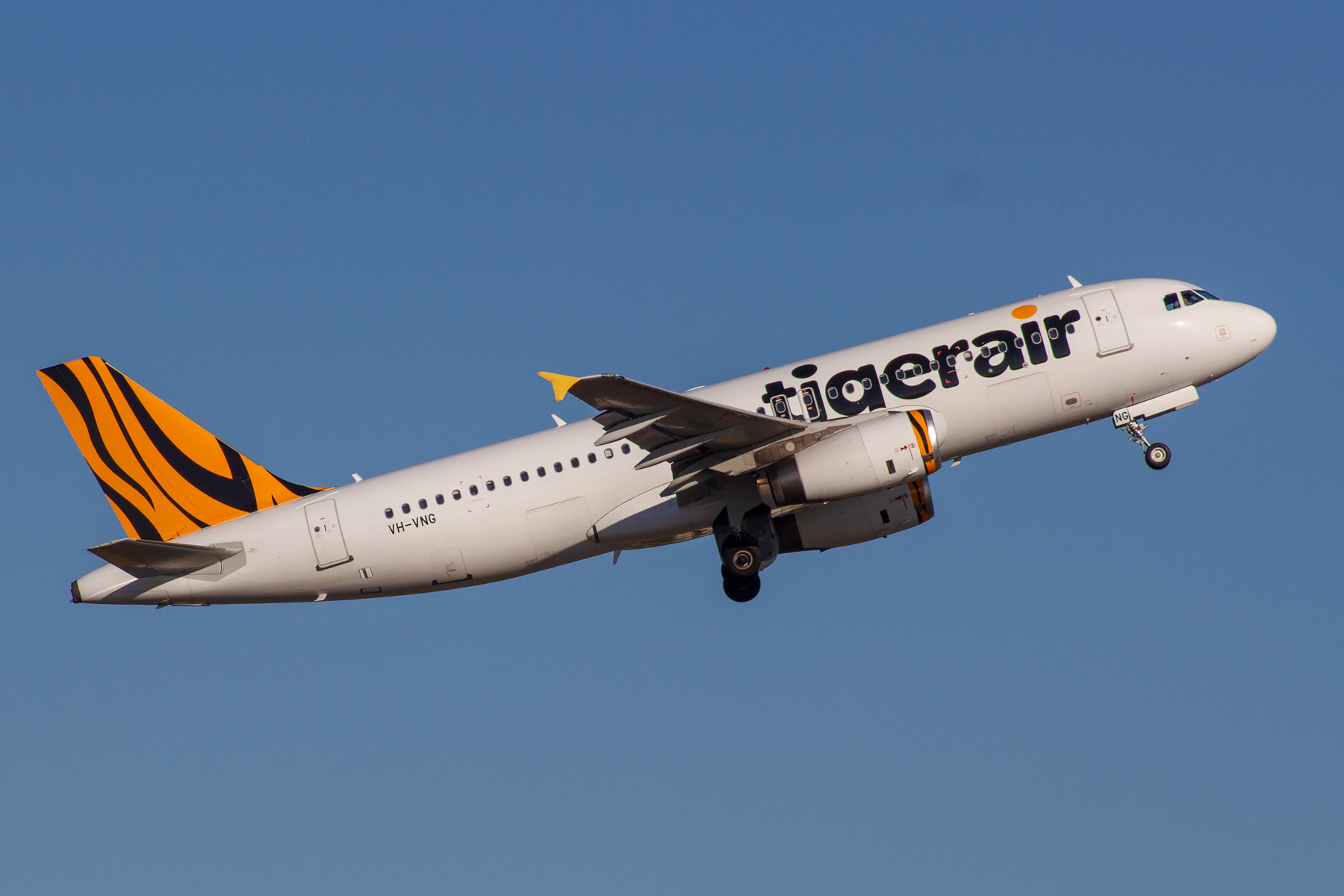 Tiger Airways Airbus A320-200 VH-VNG at Kingsford Smith