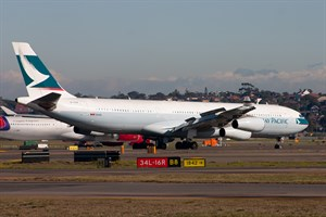 Cathay Pacific Airways Airbus A340-300 B-HXN at Kingsford Smith