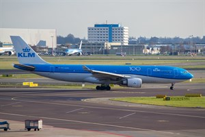 KLM Airbus A330-200 PH-AOM at Schiphol