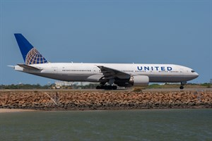 United Airlines Boeing 777-200ER N798UA at Kingsford Smith