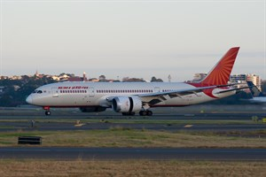 Air India Boeing 787-800 VT-ANP at Kingsford Smith