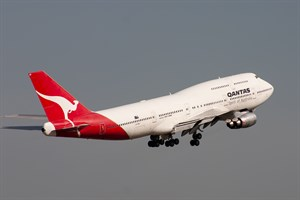 Qantas Boeing 747-300 VH-EBV at Kingsford Smith