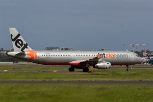 Jetstar Airways Airbus A321-200 VH-VWY at Kingsford Smith