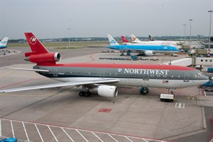 Northwest Airlines McDonnell Douglas DC10-30 N236NW at Schiphol