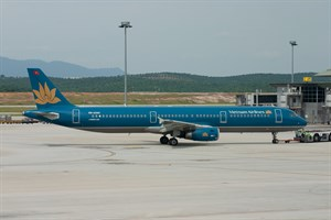 Vietnam Airlines Airbus A321-200 VN-A344 at Sepang
