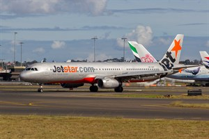 Jetstar Airways Airbus A321-200 VH-VWT at Kingsford Smith