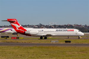 QantasLINK Boeing 717-200 VH-YQV at Kingsford Smith
