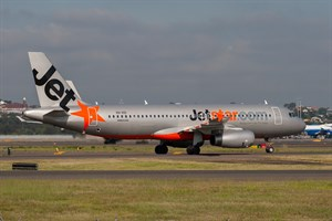 Jetstar Airways Airbus A320-200 VH-VGI at Kingsford Smith