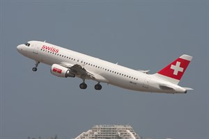 Swiss Int'l Airlines Airbus A320-200 HB-IJV at Kingsford Smith