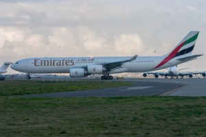 Emirates Airlines Airbus A340-500 A6-ERF at Kingsford Smith