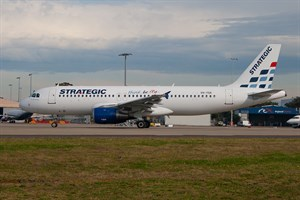 Strategic Airlines Airbus A320-200 VH-YQA at Kingsford Smith